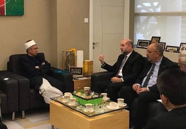 مفتي ماليزيا يُجدد دعوة المسلمين لزيارة القدس والصلاة في المسجد الأقصى