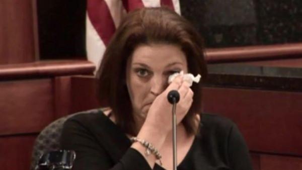 قتل أطفالها الـ 5.. سيدة أمريكية تطلب الرحمة للجاني