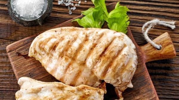 دجاج مقلي بالزيت وتتبيلة الليمون الحامض