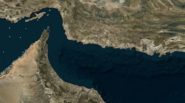 الكشف عن جنسية الناقلتين المُستهدفتين في خليج عُمان