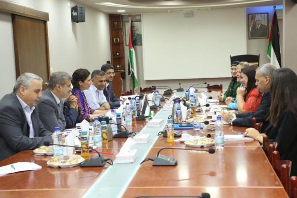 الإحصاء الفلسطيني يعقد الاجتماع السنوي السادس عشر مع أعضاء مجموعة التمويل الرئيسية