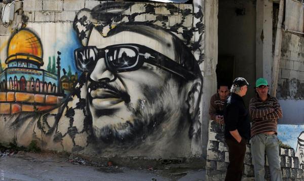 """خطباء الجمعة يشيدون بـ""""فلسطينيي لبنان"""" لمواجهتهم الإرهاب"""