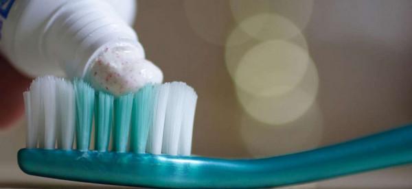 صور صادمة.. نتائج خطيرة لعلاج الحروق بمعجون الأسنان