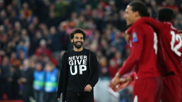 ريال مدريد ويوفنتوس يُلاحقان صلاح.. هل يبقى مع ليفربول؟