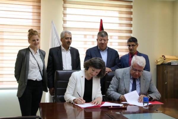 توقيع اتفاقية تعاون بين جامعة بوليتكنك ومعهد غوتة