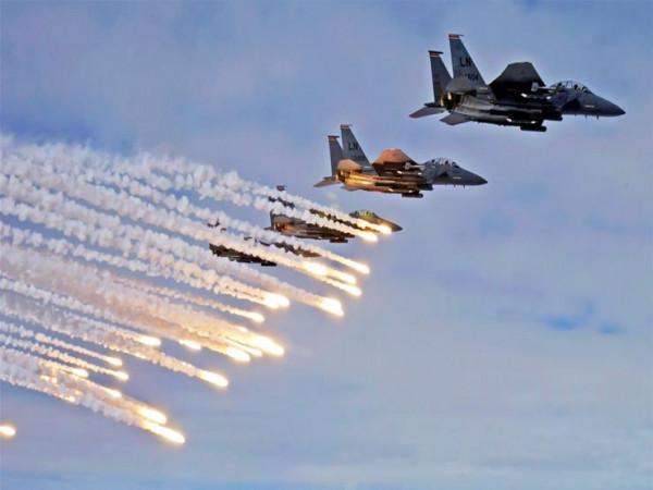 مقاتلات التحالف تقصف أهدافاً حوثية في حجة