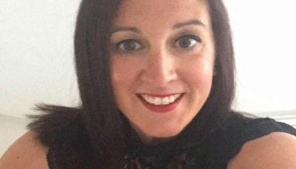 بريطانية تنقذ حياة ابنها بعد أن لاحظت إحمرارا على زنده