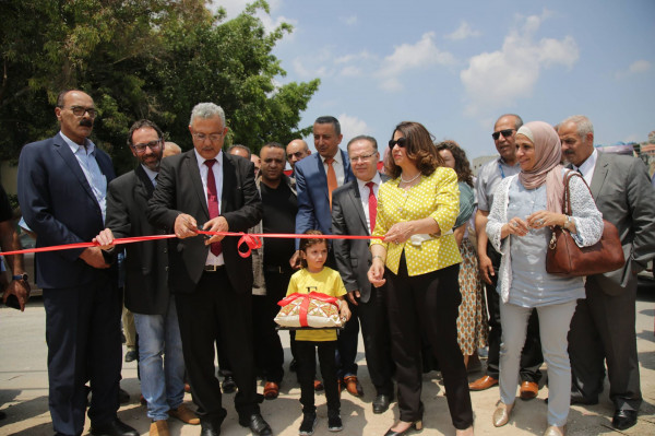 محافظ طولكرم يؤكد على أهمية البدء بتنفيذ محطة ترحيل النفايات في مخيم نور شمس
