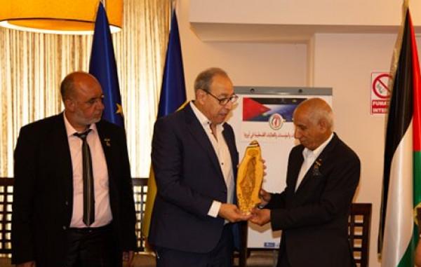 اتحاد الجاليات والفعاليات الفلسطينية في أوروبا يخرج بقرارات لتطوير العمل