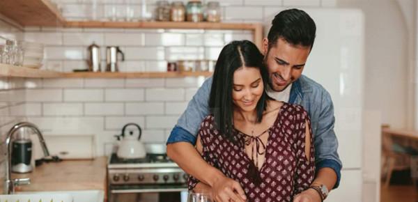 لا تشبه قصص الدراما الرومانسية.. إليكِ 6 حقائق عن الحياة الزوجية
