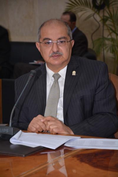 رئيس جامعة أسيوط يعلن الانتهاء من إجراء 4054 عملية جراحية