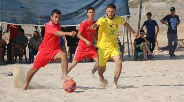 البطولة الشاطئية: شباب جباليا وشباب خانيونس يتأهلان للمربع الذهبي