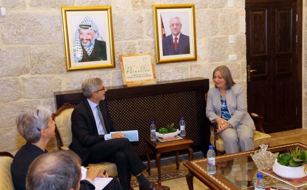 فلسطين وفرنسا تبحثان آفاق التعاون