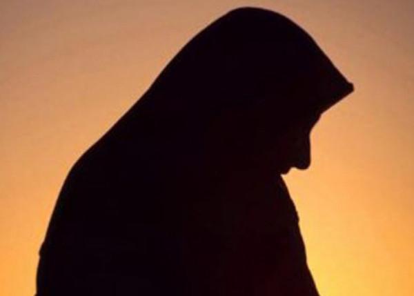 هل يجوز للأرملة أن تقيم في بيت زوجها بعد زواجها؟