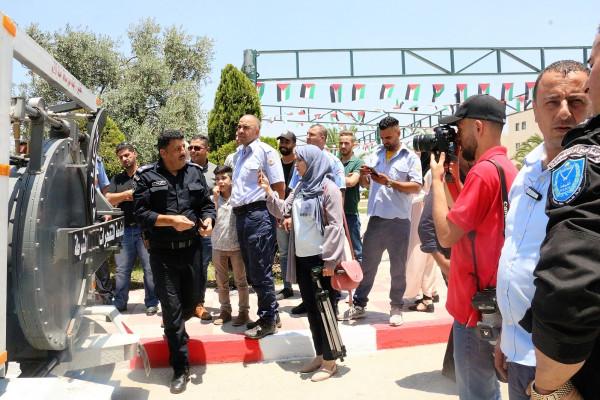 الشرطة تفتتح معرض الاجسام المشبوهة بجامعة النجاح الوطنية في نابلس