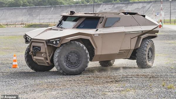 """الجيش الفرنسي يستخدمها قريبا.. """"فولفو"""" تصنع مدرعة عسكرية فائقة القوة"""