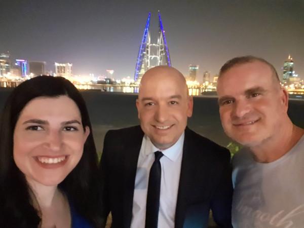 شاهد: أول بث مباشر لقناة إسرائيلية في دولة عربية
