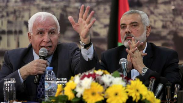 """شاهد: عبر بث مباشر.. الأحمد يوجه """"شخرة غزاوية"""" لحركة حماس"""
