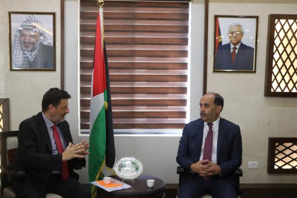 وزير الزراعة يلتقي رئيس مكتب منظمة الأغذية والزراعة للأمم المتحدة بفلسطين