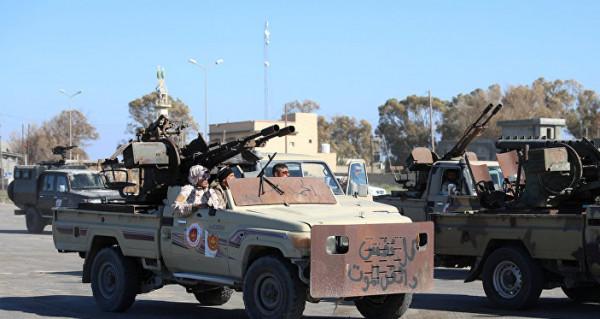 الجيش الليبي يكشف تفاصيل جديدة عن طيار أمريكي أسير لديه