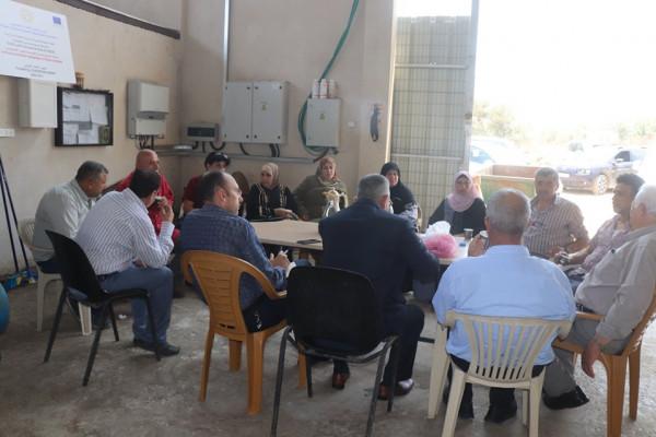 وفد من بلدة بيتا يزور عزون ويتفقد مصنع السماد العضوي