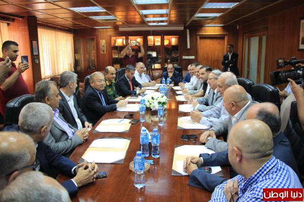 وزير الاقتصاد يعلن بدء تصميم البرنامج العنقودي لمحافظة نابلس وتخصيص منطقة صناعية