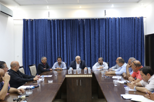 أبو العسل يترأس اجتماع تنفيذي لمحافظة أريحا