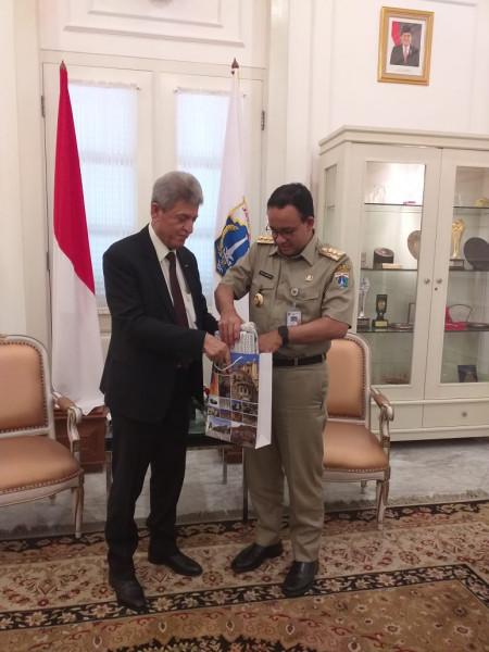 السفير الشن.. اتفاقية توأمة بين مدينة القدس والعاصمة الأندونيسية جاكرتا