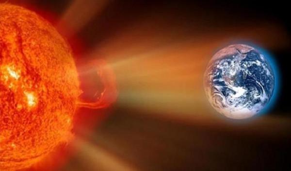 خلال أيام.. عاصفة شمسية رهيبة تضرب الأرض