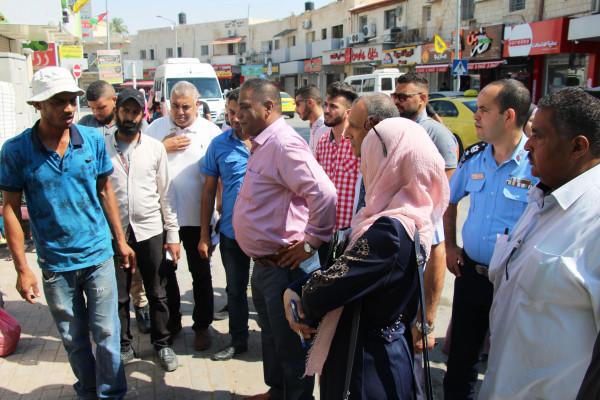 بلدية أريحا تطلق حملة لتنظيم الأسواق وإزالة التعديات في المدينة