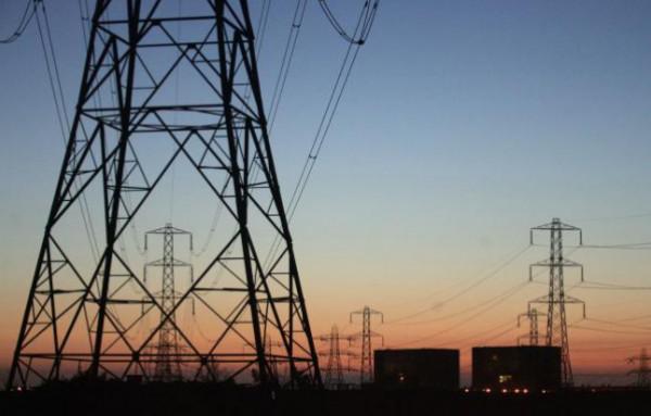 كهرباء القدس توقع اتفاقية لشراء طاقة كهربائية من محطة الطاقة ببيت ساحور