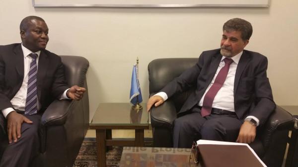 عبد الهادي يبحث مع مدير عام (أونروا) بسوريا سبل تحسين أوضاع اللاجئين