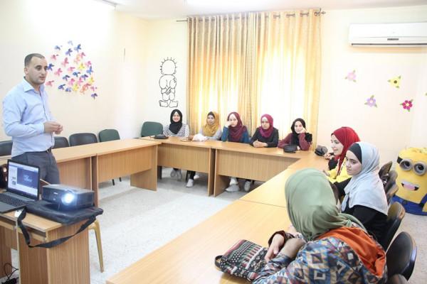 جمعية جذور فلسطين تعقد ورشة بيئية للطلائع بمخيم صيفي في الخليل