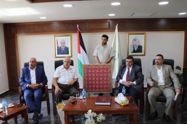 لقاء في بلدية بيت لحم مع عدد من شخصيات المحافظة الإعتبارية