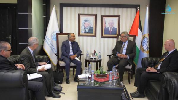 الوزير غنيم يلتقي المدير الاقليمي للبنك الدولي