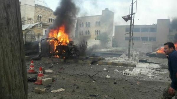 مقتل 11 شخصاً وإصابة آخرين في انفجار عند مدخل عفرين السورية