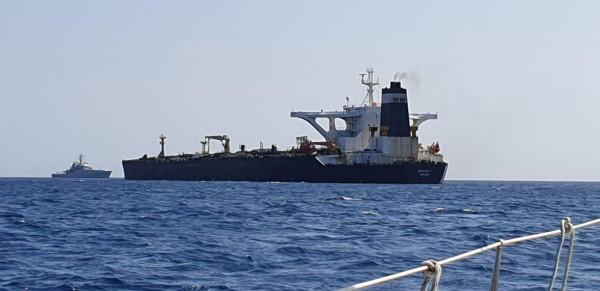 رويترز: سلطات جبل طارق تعتقل قبطان ناقلة النفط الإيرانية المحتجزة