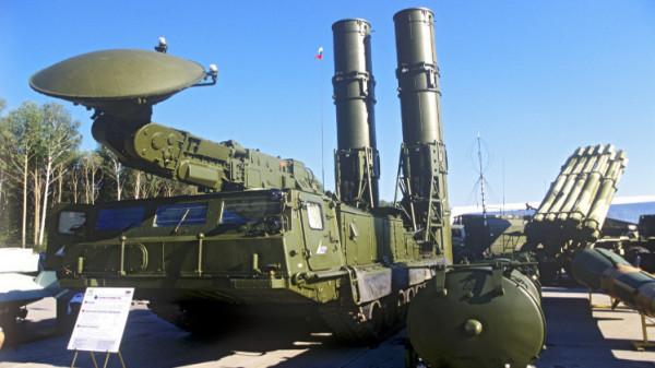 تركيا تخطط لنشر أول بطارية من صواريخ (إس-400) على الحدود السورية