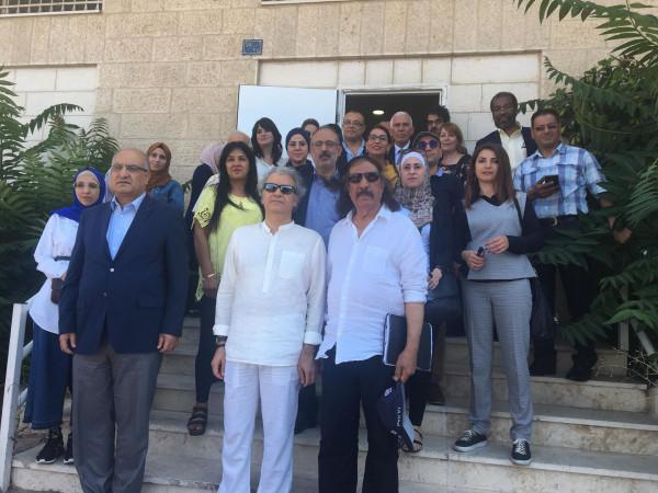 محافظ بيت لحم يُطلع وفد الروائيين العرب على إجراءات الاحتلال التعسفية