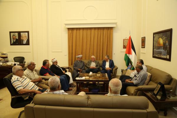 دبور يستقبل وفداً من اللجنة الشعبية ولجنة رعاية المساجد في مخيم البداوي