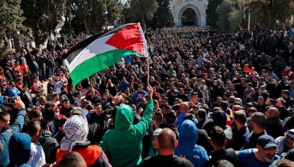 مظاهرة ضد استيلاء المستوطنين على منازل المقدسيين