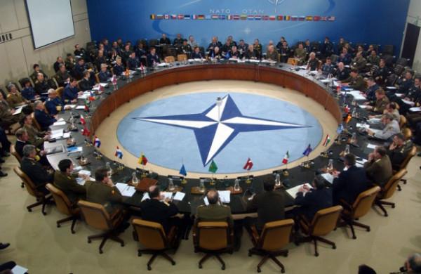الناتو يعبر عن قلقه بعد بدء تسليم (إس 400) الروسية لتركيا