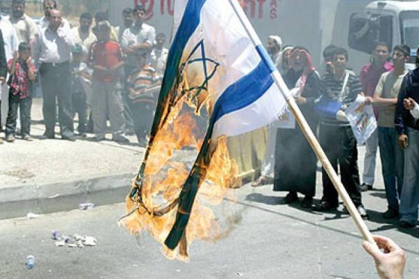 هيئة مسيرة العودة: الجمعة المقبلة ستكون بعنوان (حرق العلم الصهيوني)