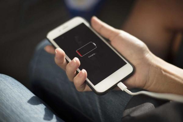اختراع ثوري.. هاتفك يشحن نفسه بنفسه
