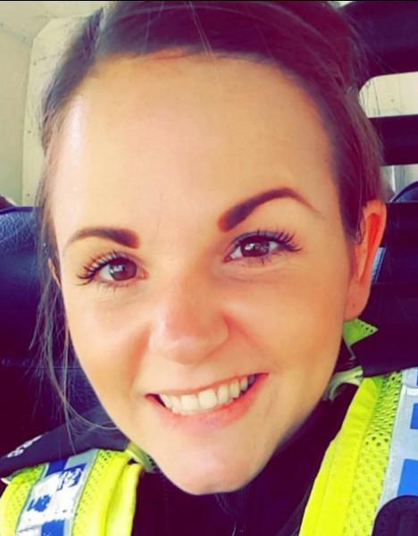 بفضل درعها الواقي.. شرطية تكتشف إصابتها بسرطان قاتل