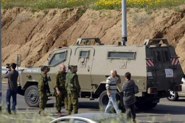 الاحتلال يُغلق مداخل بلدة عزون شرق قلقيلية