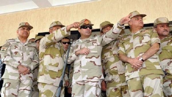 السيسي يأمر بنقل تبعية ميناء العريش للجيش المصري