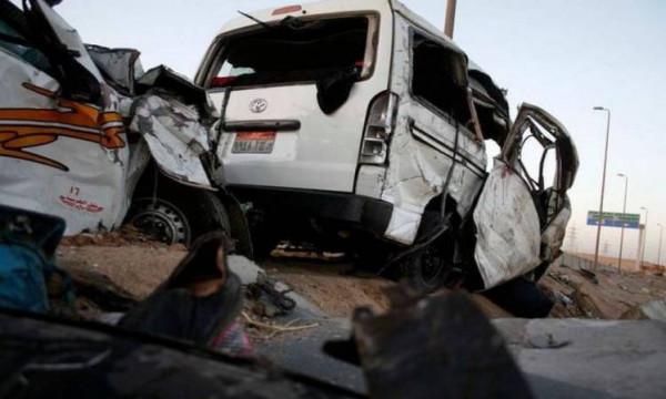 إصابة 20 شخصاً بحادث تصادم بطريق الدبابة في الجيزة