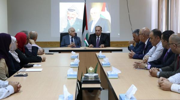 الدكتور أبو مويس والمهندس سمارة يوقعان مذكرة تعاون بدعم البحث العلمي