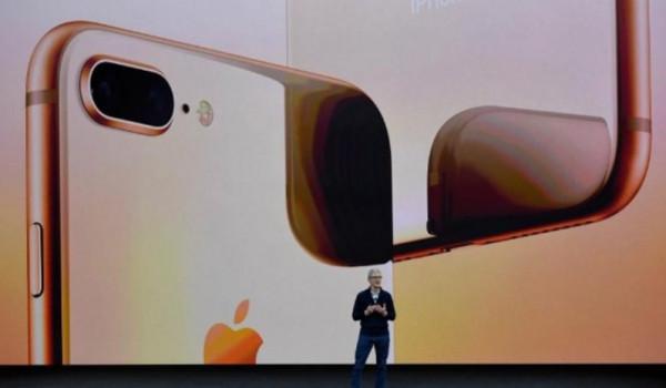 """الأكثر إثارة في تاريخ """"أبل"""".. ما الذي كشفته صورة """"آيفون 11"""" المسرّبة؟"""